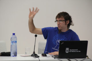 Moisès Subirana, de la plataforma Aigua és Vida, va explicar la situació de l'aigua del món fins a Catalunya // Jordi Julià