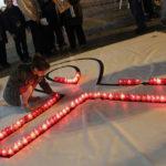 L'Ajuntament encén les espelmes de la igualtat