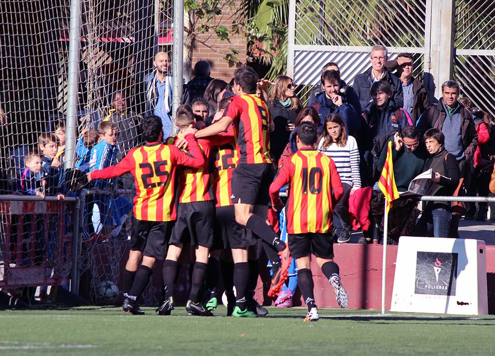 Els molinencs celebren el gol de la victòria // Jose Polo