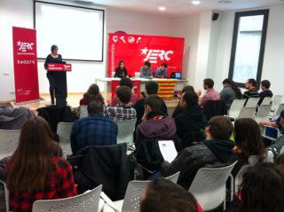 Sílvia Guillén adreçant-se a les JERC del Baix Llobregat // JERC