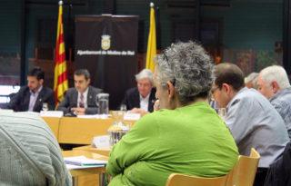 Ramon Maglione, de la PAH Molins, recentment incorporada al Consell, durant l'últim plenari // Jose Polo