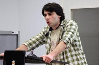 Lucas Silvano Ferro durant el seu discurs // Jose Polo
