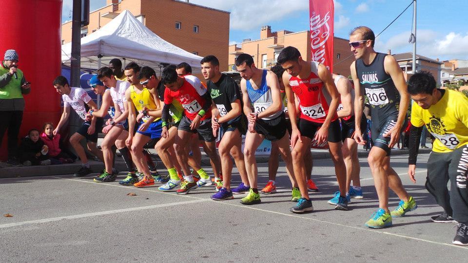 Instants previs a l'inici de la cursa masculina // Bernat Solé