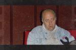 Manel Givert, visionant un film al teatre de La Peni // Festival de Cine de Terror de Molins de Rei