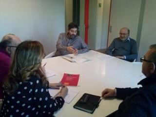 Els membres de la plataforma, reunits a l'oficina del síndic // PUTP Molins de Rei
