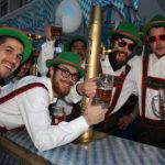 Una recreació de l'Oktoberfest guanya el concurs de comparses de Carnestoltes