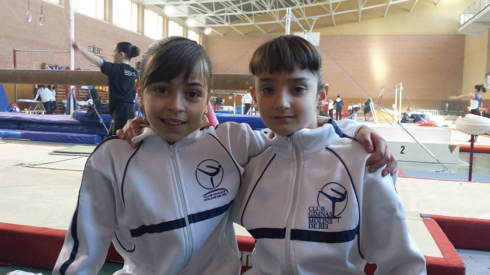 Les dues gimnastes que participant als Vila de Gràcia // Club Gimnàs Molins de Rei