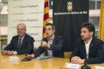 Oriol, Casals i Paz durant la signatura del conveni // Ajuntament de Molins de Rei