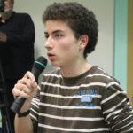 El ple municipal rebutja el model universitari que obliga els estudiants a fer un màster