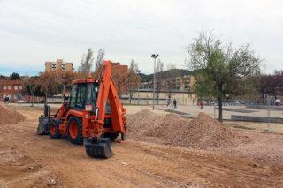 Un tractor treballant al Parc del Llobregat // Jose Polo