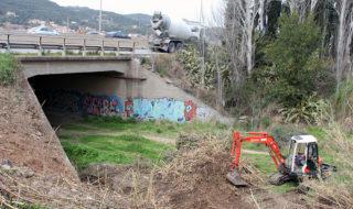 Les obres d'adequació del nou accés al riu en el seu inici // Jose Polo