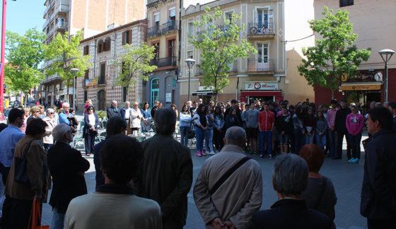 La Plaça de l'Ajuntament durant el minut de Silenci // Jose Polo