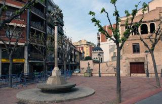 La plaça de la Creu és el punt escollit per instal·lar la carpa // Arxiu - Jose Polo