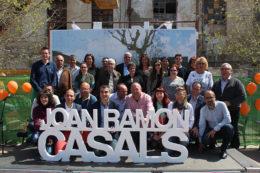 Foto de grup de l'equip de CiU Molins de Rei per les eleccions 2015 // Jose Polo