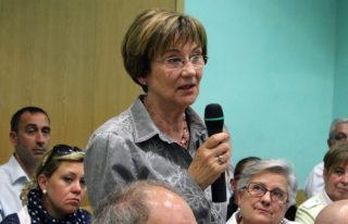 Joana Solans durant la seva intervenció al Ple Municipal // Jose Polo