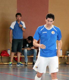 Marc Montaño, autor d'un gol, observat per Jorge Rubio // Jose Polo