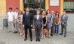 L'equip de govern format per CiU i PSC a les portes de l'Ajuntament // Jose Polo