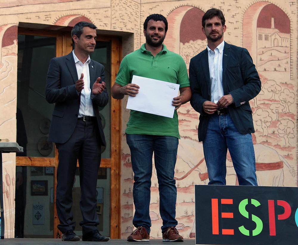 Guillem Prats recollint el premi // Jose Polo