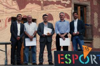 D'esquerra a dreta: Casals, alcalde de Molins de Rei, Sicart, At.Incresa, Vidal, CE Molins, Molins, CFS Molins 99 i Paz, regidor d'Esports // Jose Polo
