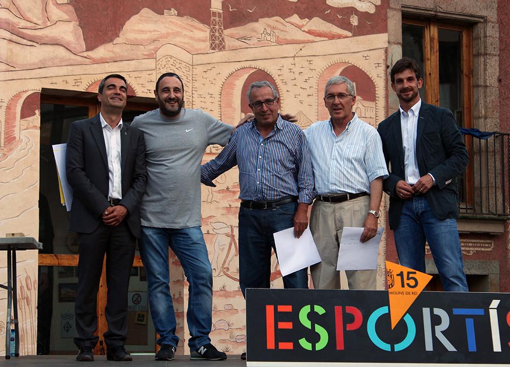 Els premiats del billar amb les autoritats // Jose Polo