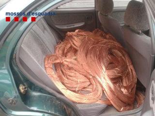 El coure robat havia provocat una picabaralla entre dos grups // Mossos d'Esquadra