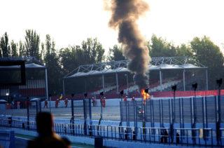 La moto de Suzuki Català víctima de les flames // Suzuki Català