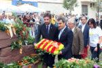 Paz, líder del PSC, i Casals, alcalde per CiU, durant l'ofrena floral a Rafael Casanova // Jose Polo