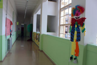 Passadís de l'escola El Palau // Jose Polo