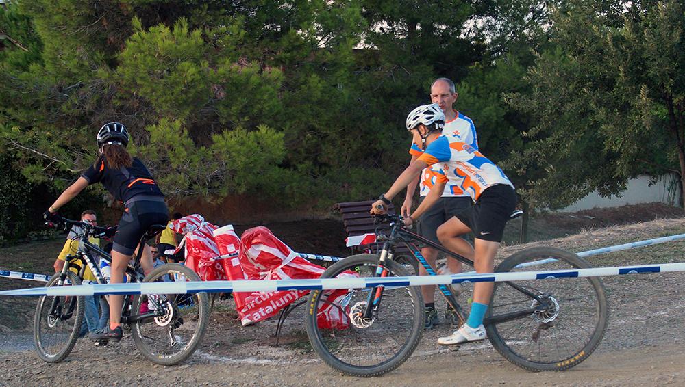 Dos participant perseguint-se durant la cursa // Jose Polo