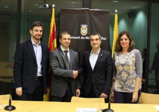 D'esquerra a dreta: Paz, Gómez, Casals i Madorell després de signar el conveni // Jose Polo