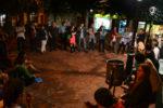 Una trentena de persones es van aplegar a la plaça de la Creu // Elisenda Colell