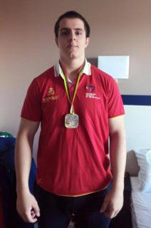 Marcos Ruiz amb la medalla penjada // Media Sport