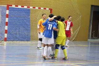El CFS Molins 99 celebrant un dels gols // Jose Polo