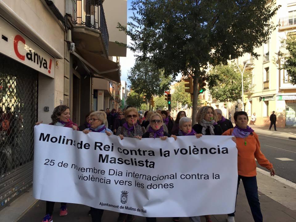 La representació molinenca en la Marxa contra la Violència Masclista // Ainoa García