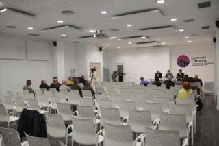 Sense comptar els càrrecs municipals, hi havia quinze assistents, la majoria polítics // Jordi Julia