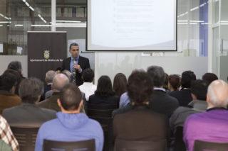 Salvador Duarte durant la seva xerrada // Ajuntament de Molins de Rei