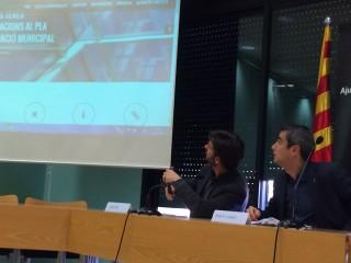Xavi Paz i Joan Ramon Casals durant la presentació del procés participatiu del PAM 2015-2019 // Marc Pidelaserra