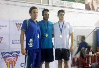 Sergio Lloret en la primera posició del podi // CN Molins de Rei