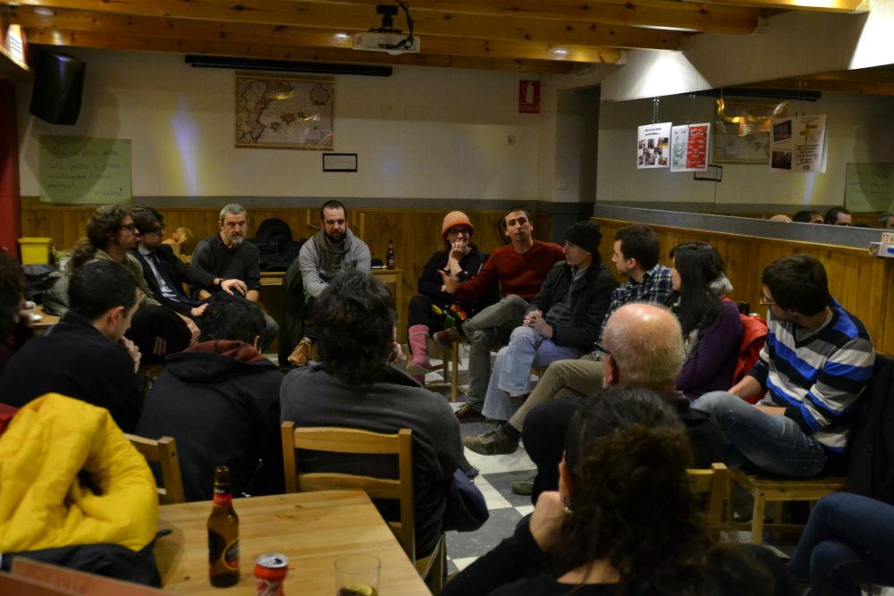 Una vintena de persones han assistit a la trobada // Elisenda Colell