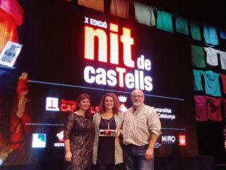 Els Matossers recollint el premi durant la Nit dels Castells // Matossers