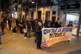 La rua feminista al seu pas pel carrer Major // Jose Polo