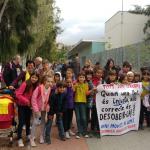 Desenes de famílies no porten els seus fills a l'escola per boicotejar les proves de la LOMCE