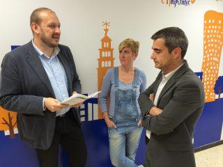 Els dirigents convergents Jordi Monrós, Joan Ramon Casals i Lidia Morera, durant la presentació dels resultats // CDC Baix Llobregat