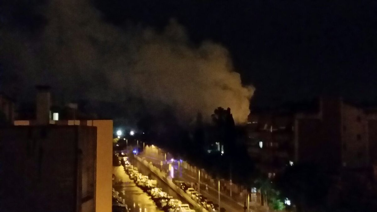 Imatge de l'incendi a Kasablanca des d'un edifici pròxim // MP