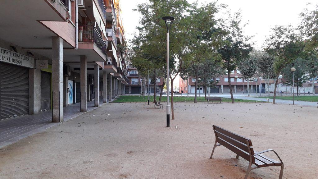 Imatge de la plaça Joan Vallès // Jose Polo