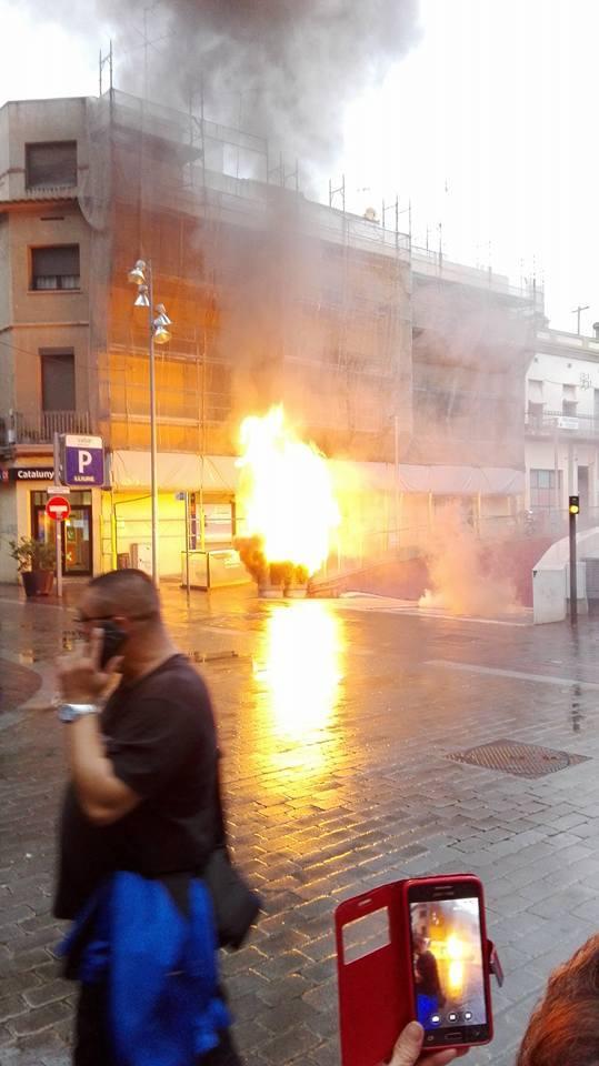 Imatge de les flames // Sergi Carós