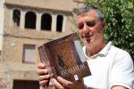 """Jordi Anducas explora els orígens de la seva família a """"Guilhèm"""" // Jordi Julià"""