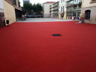 La reforma del pati de l'escola El Palau és l'actuació més visible // Joan Ramon Casals