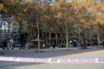 S'ha acordonat el carrer Albert Pujol i Menéndez Pelayo fins arribar al parc de la Mariona // Jordi Julià
