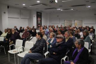 A l'acte hi van anar més de 90 persones, moltes vinculades al partit al llarg de la història o d'altres partits // Jordi Julià